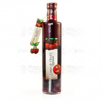 Ginja de Óbidos - 500ml Ginjinha With Fruits Bottle - Oppidum